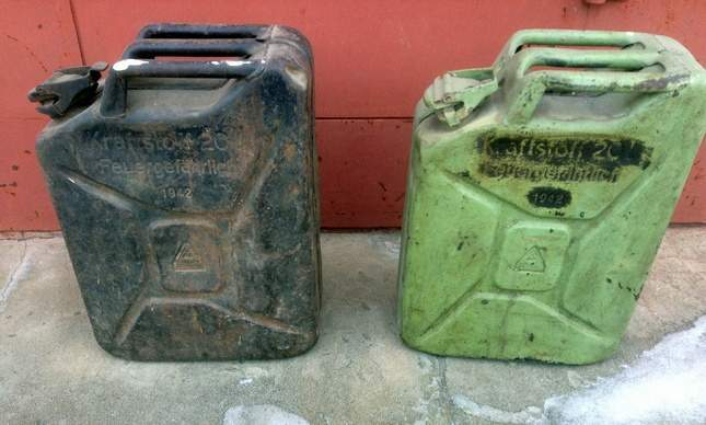 found-wwii-german-jerrycan-02