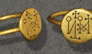 Roman and Byzantine gold signet rings. Super finds