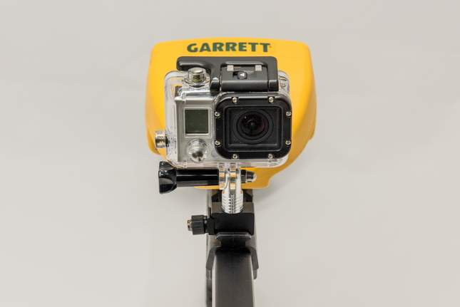 camera-mounted-on-shaft-08