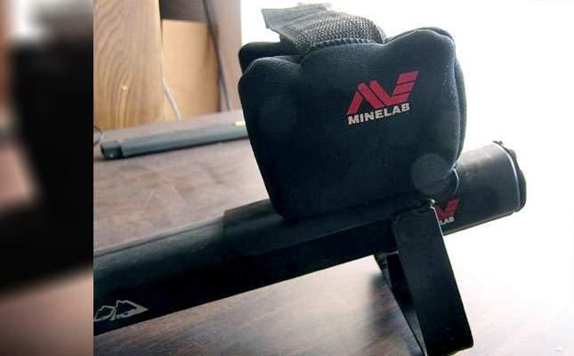 metal-armrest-for-minelab-04