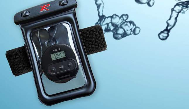 xp-deus-waterproof-armband-02