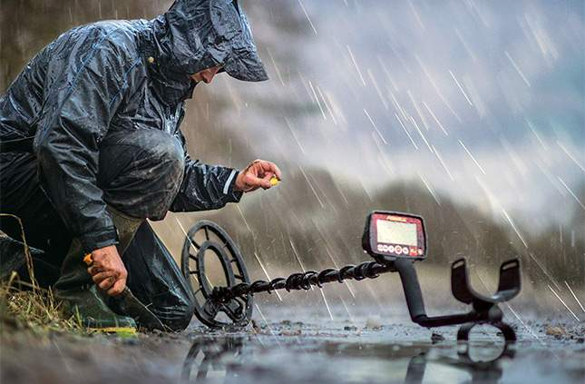 fisher-f44-weatherproof-or-waterprof