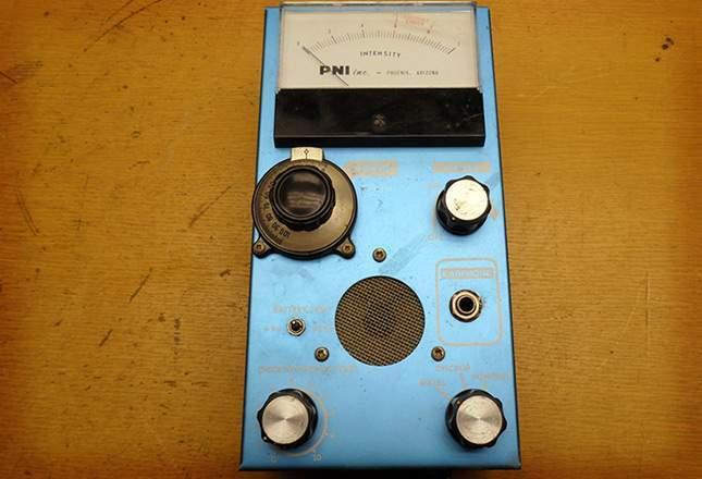 old-metal-detectors-10
