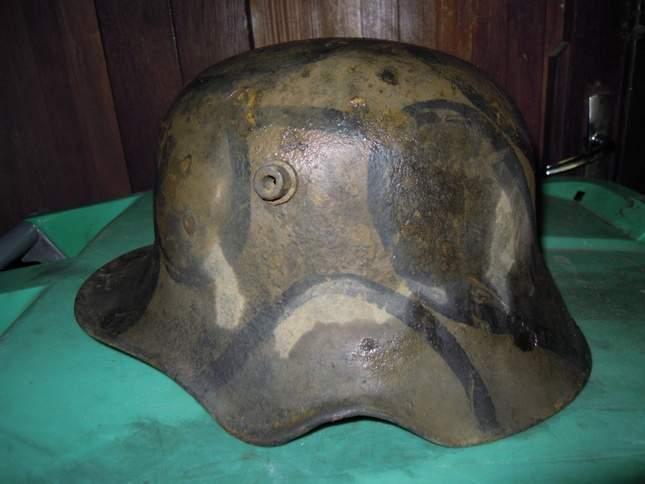 found-wwi-helmets-09