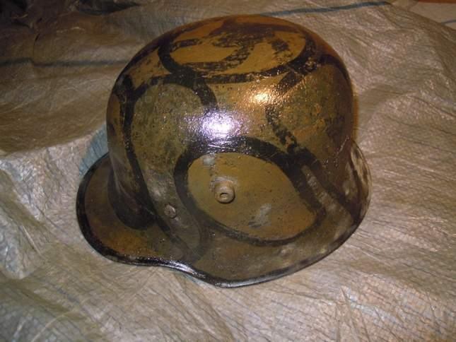 found-wwi-helmets-16