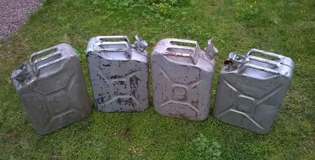 found-wwii-german-jerrycan-04