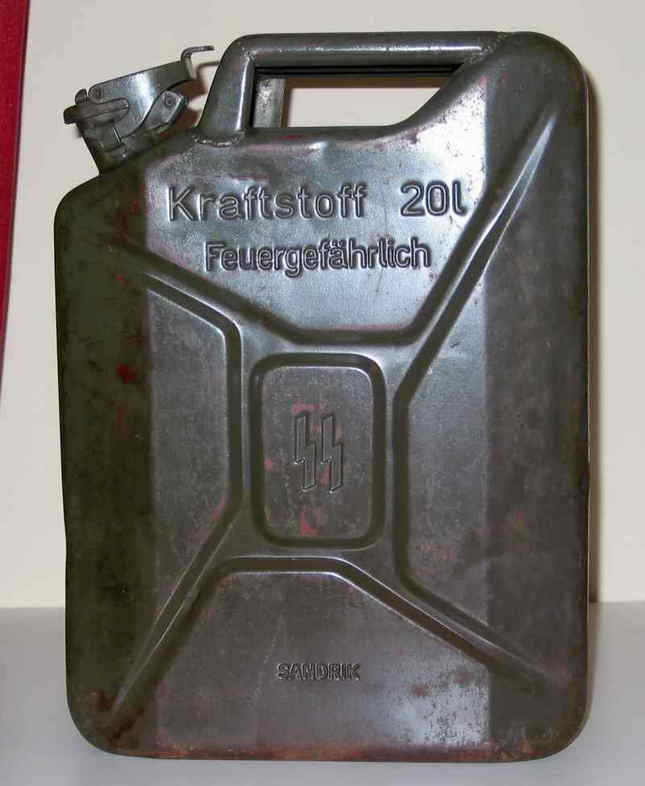 found-wwii-german-jerrycan-08