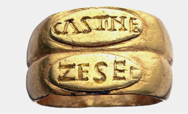 roman-and-byzantine-gold-signet-rings-super-finds-01