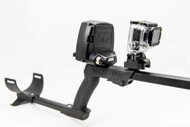 camera-mounted-on-shaft-04