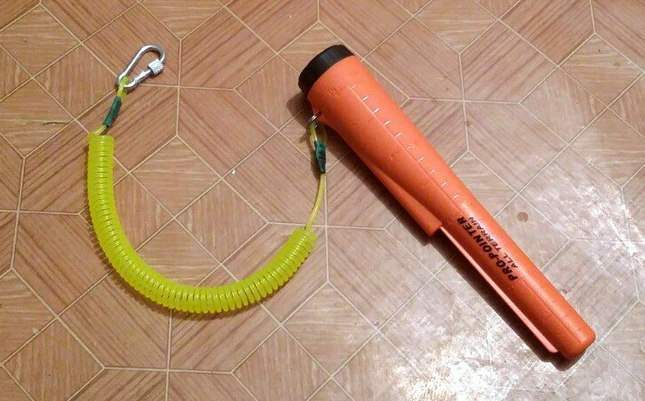 diy-coiled-lanyard-for-pinpointer-10