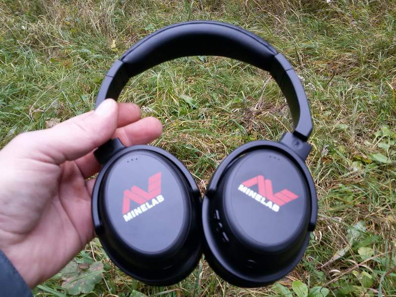 Minelab Equinox wireless headphones