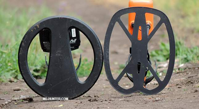 Comparison: Quest PRO vs Minelab X-Terra 705. Which is better to buy?